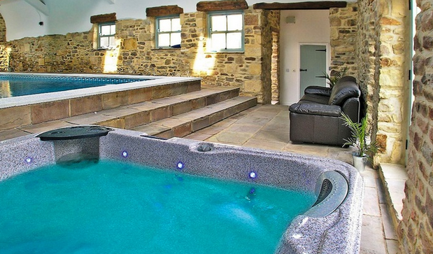 Awesome Farm House With Pool Hot Tub Amp Sauna Just 163 24