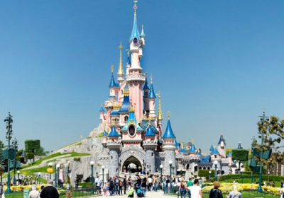 Check out the Disneyland Paris Special Offers among our ticket and package deals that best meet your family holiday needs. Benefit from great deals here on our Disney Hotels and Park tickets!