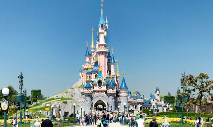 disneyland paris with flights hotel park tickets from 159pp sunshinestacey. Black Bedroom Furniture Sets. Home Design Ideas