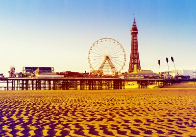 looking for cheap little getaways grab yourself a cheap little hotel and enjoy an overnight stay in blackpool there are some smashing deals over at